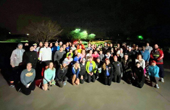 Mujer tenía miedo de salir a correr tras ser atacada, recibe apoyo de sus vecinos