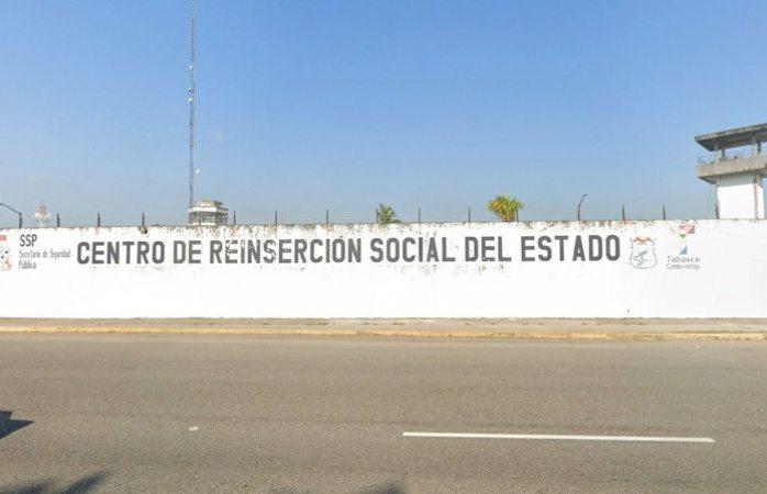 Suman dos muertos y 25 heridos por riña en el penal de Villahermosa