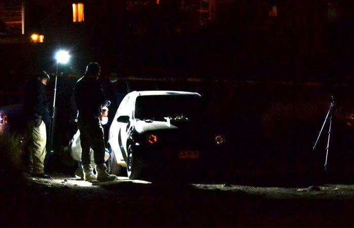 Hallan a pareja asesinada dentro de un auto en la Rodolfo Fierro