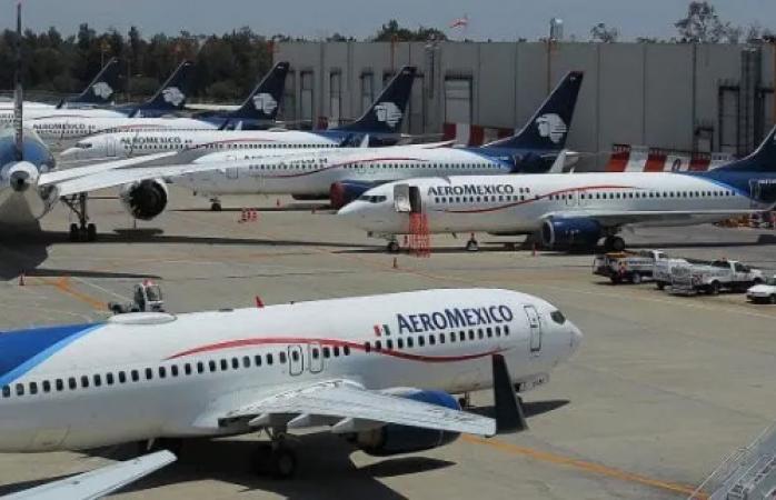 Se desploman acciones de aeroméxico más de 50 por ciento