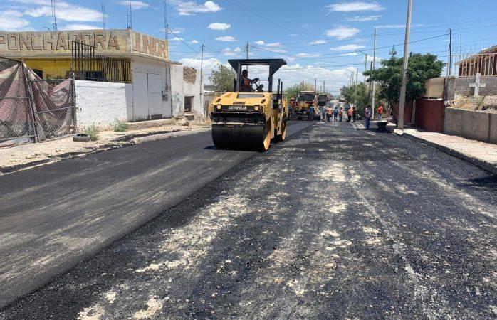 Avanza municipio en reconstrucción de calle joaquín terrazas