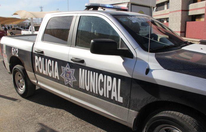 Detienen a adolescente por robo de vehículo con violencia