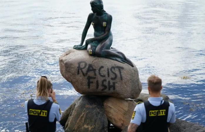 Vandalizan estatua de la sirenita en copenhague