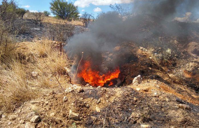Sofocan incendio en avenida niños héroes