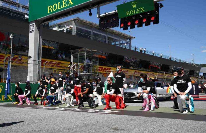 Protestan pilotos de f1 contra racismo antes del gp de austria