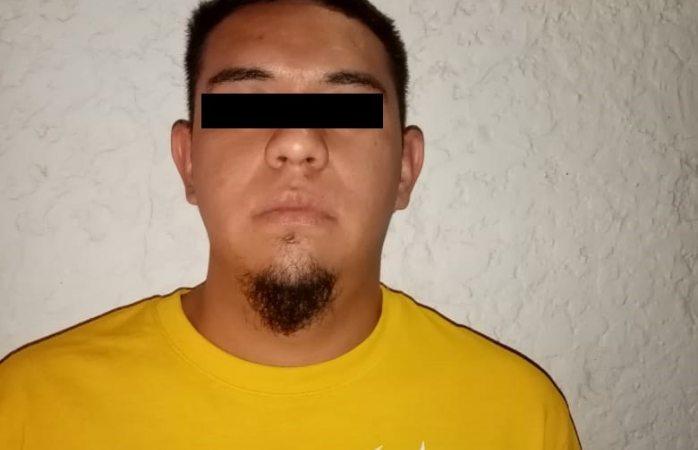 Arrestan a sujeto en posesión de 30 envoltorios de cocaína