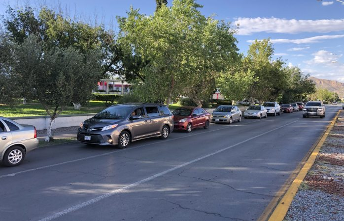 Celebran captura de duarte con caravana de autos