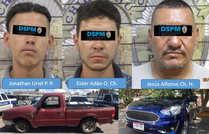 Recuperan municipales dos autos robados y detienen a tres