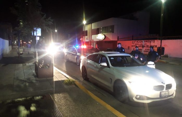 Caen cuatro ebrios influyentes por agredir policías