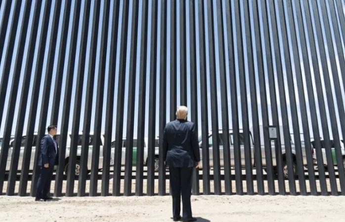 Promete trump 724 km de muro fronterizo con méxico para fin de año