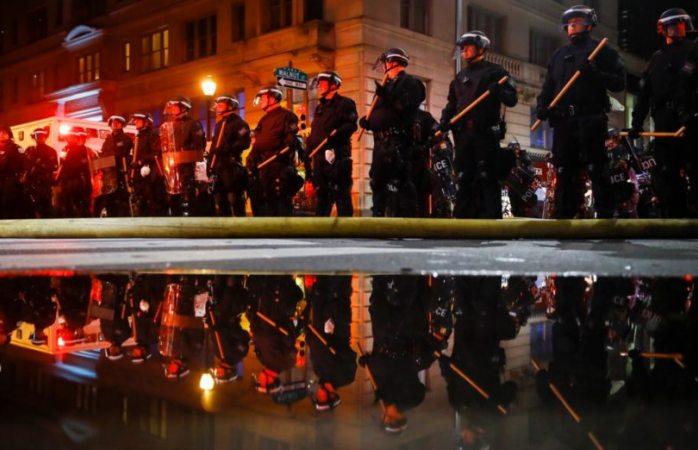 Ciudades de EU imponen toque de queda por disturbios por muerte de Floyd