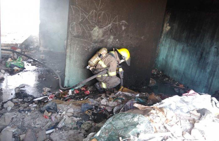Sofocan bomberos ocho incendios
