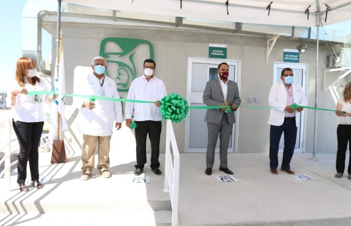 Alcalde participa en inauguración de hospital covid para pacientes en recuperación