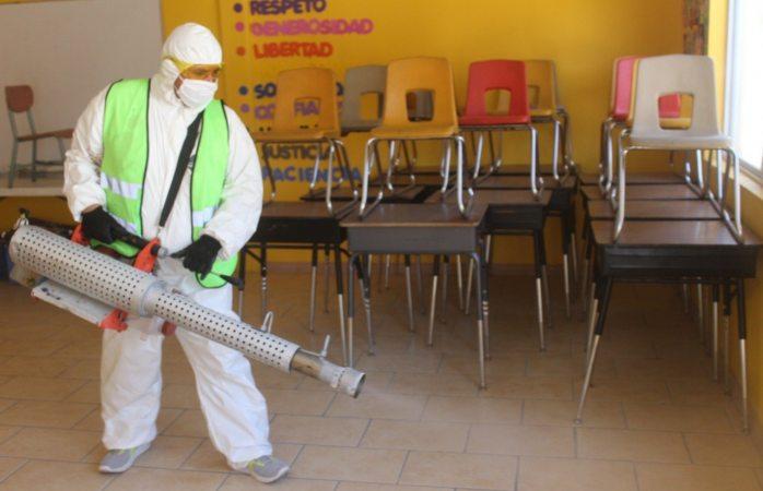 Lleva municipio programa de sanitización urbana a guarnición militar y hospitales