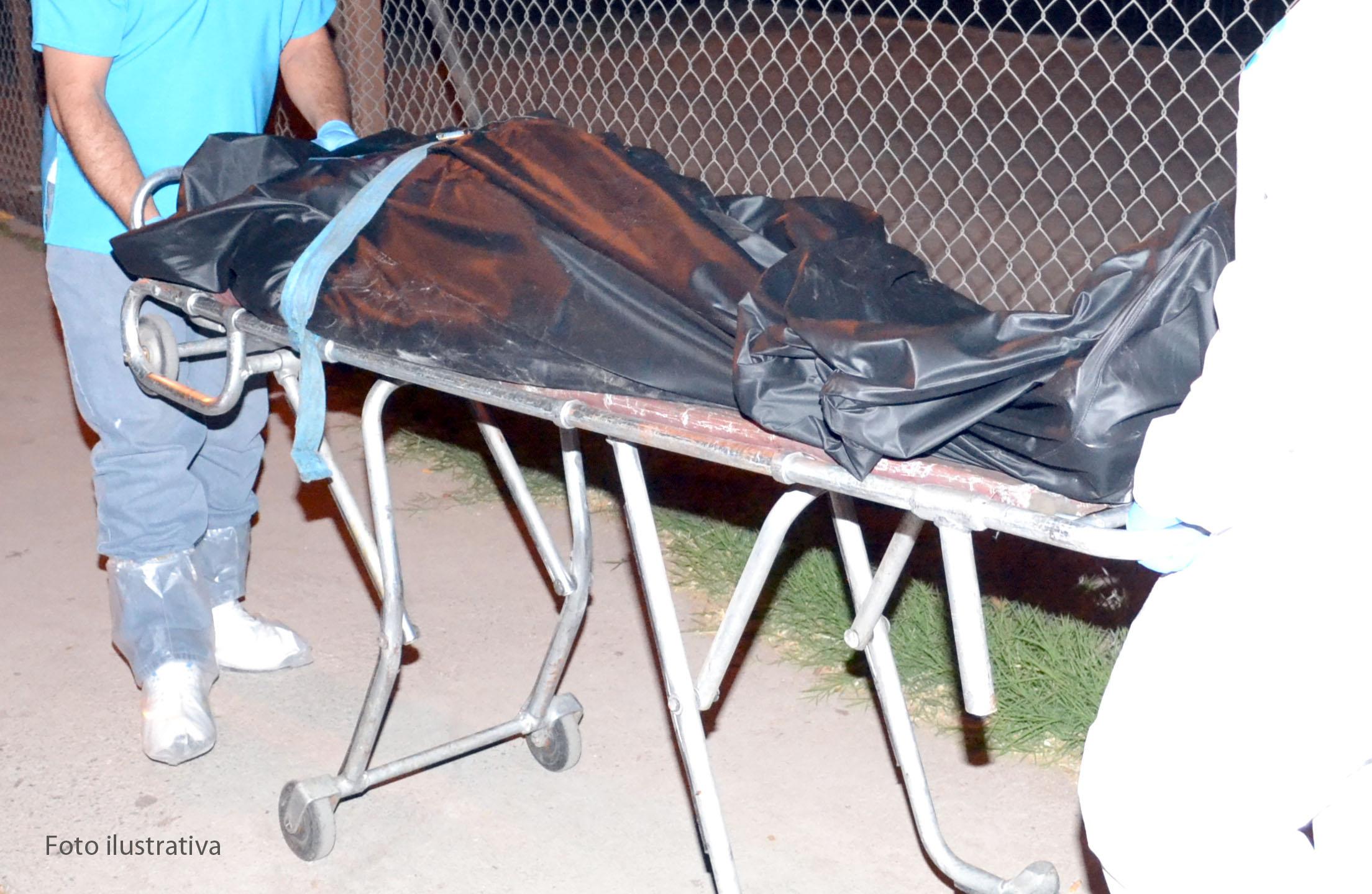 Algunas funerarias venden certificados de defunción patito