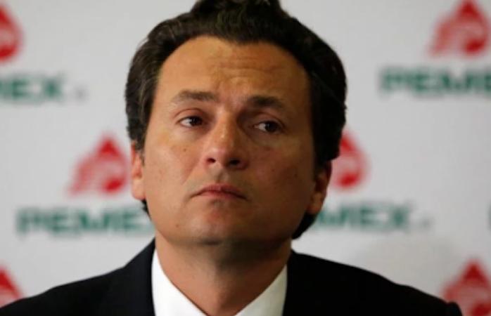 Se queda sin abogado el exdirector de pemex