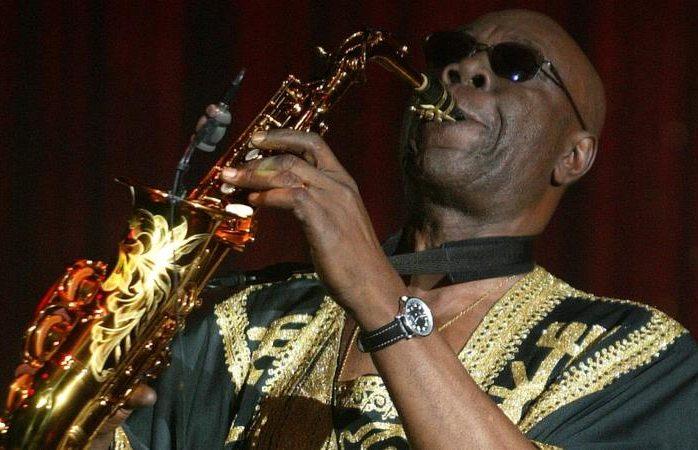 Coronavirus: murió el célebre saxofonista camerunés Manu Dibango