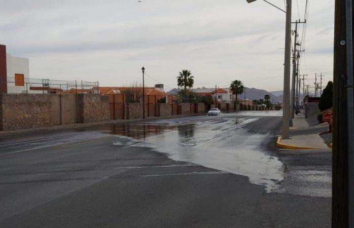 Enorme fuga de agua en Chilis juventud