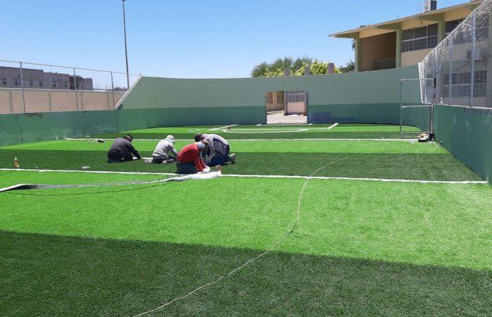 Avanza construcción de cancha de fútbol rápido en secundaria 96