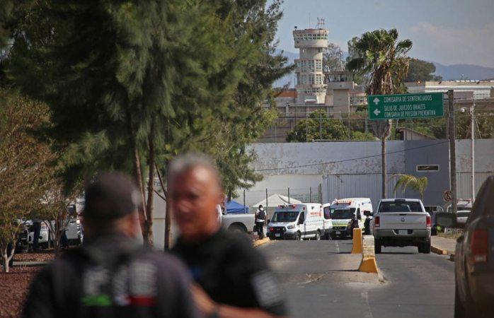 Abren investigación por riña en penal de puente grande