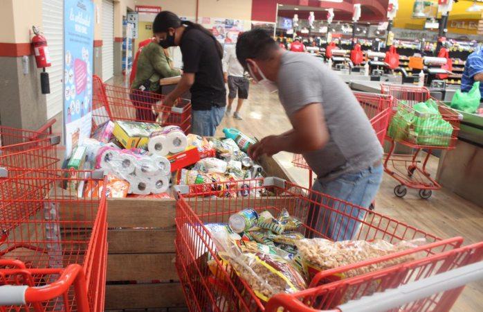 Dif sigue colectando y repartiendo donativos