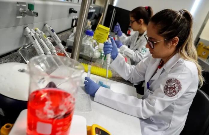 Extinguir fideicomisos dañaría a la ciencia, morena debe retirarla