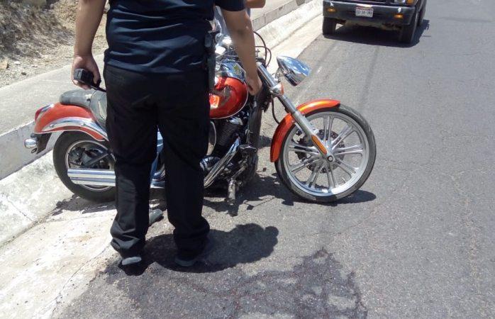 Resulta motociclista lesionado en choque fuga en parral