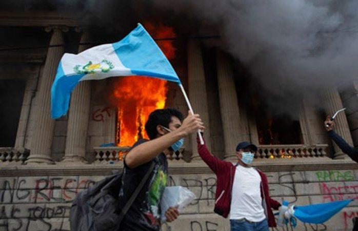 Estalla indignación en guatemala contra giammattei