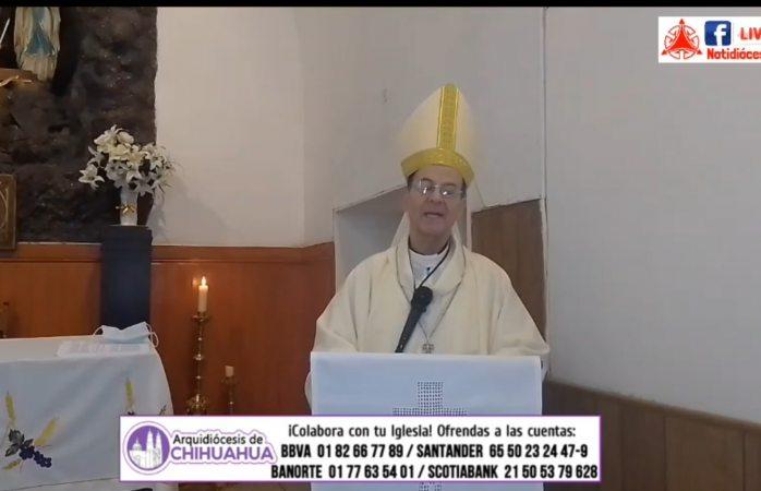 La sagrada escritura no es para leerse a ratos: arzobispo
