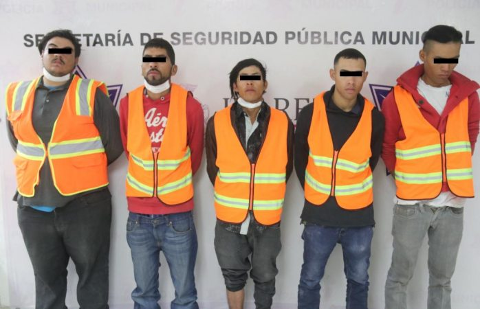 Detienen municipales a cinco miembros de los mexicas