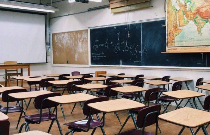 Proponen que niños regresen a aulas y niñas se queden en casa