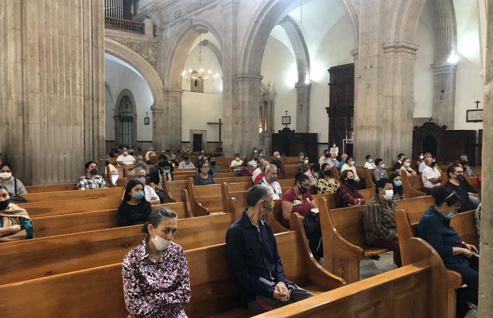 Iglesias no podrán realizar ni bodas ni bautizos