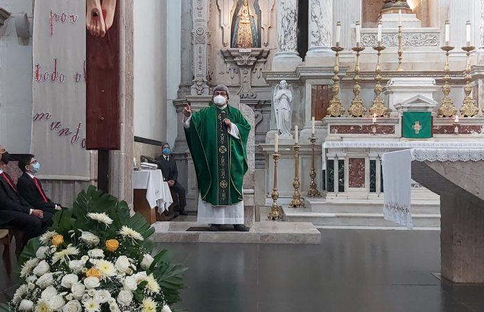 Pide párroco de catedral orar por los misioneros