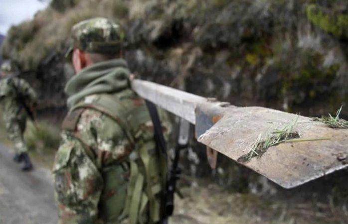 Indigna canción de militares contra las mujeres en colombia