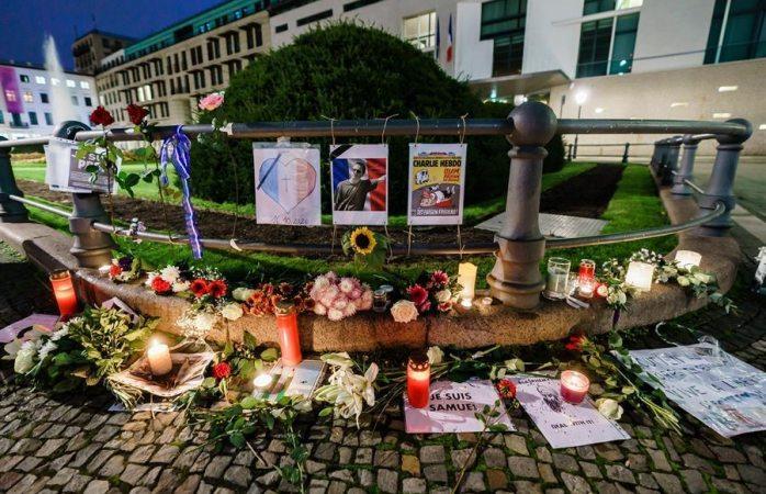 Suman 7 imputados por atentado contra profesor decapitado en francia