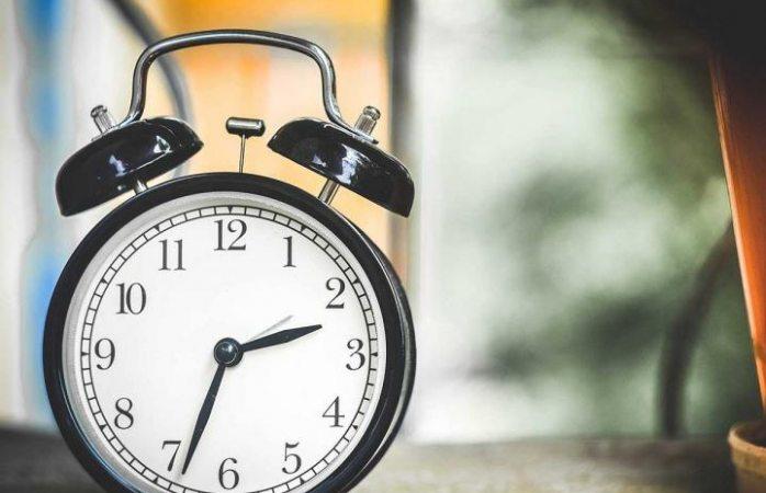 Termina el horario de verano; no se te pase retrasar el reloj