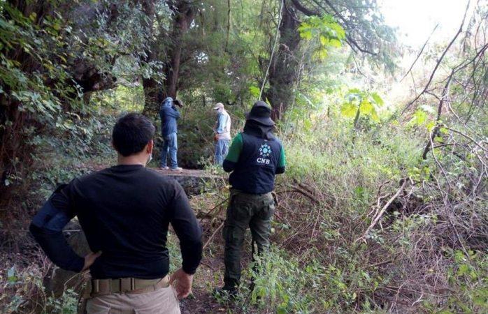 Hallan restos de personas en fosas clandestinas en guanajuato