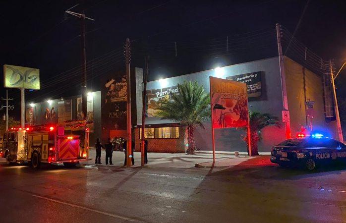 Se incendia restaurante en las américas