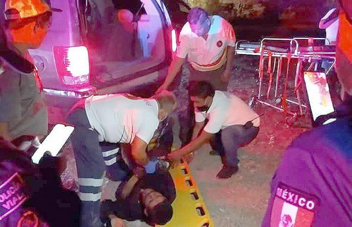 Hombre ebrio queda lesionado al ser atropellado