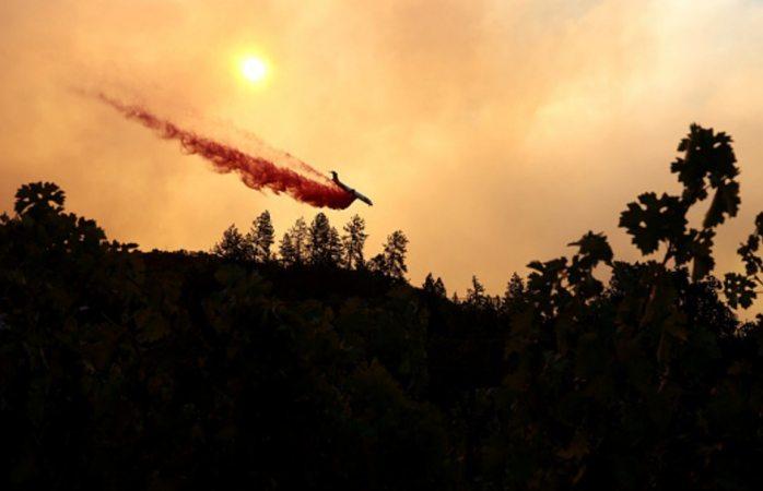 Evacuan hospital por incendio en california