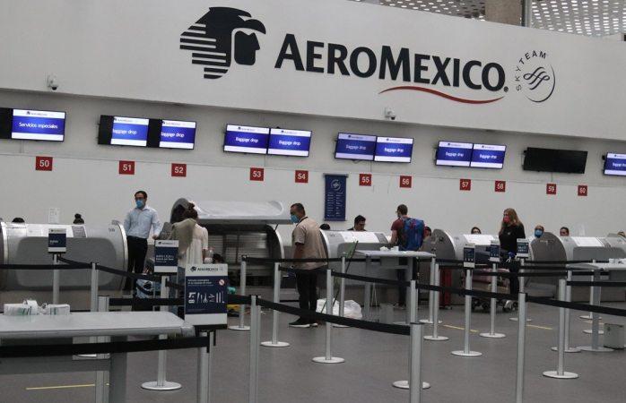Aeroméxico despedirá a 616 sobrecargos ante crisis por covid