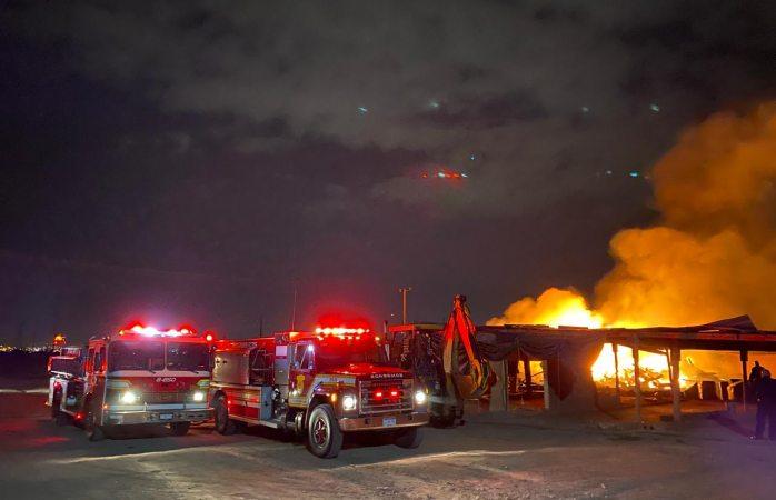 Se incendia patio en la colonia ferrocarrilera